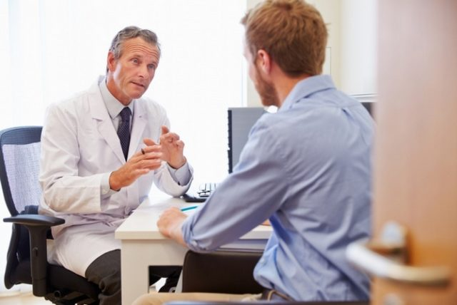 консультация с врачом мужчина