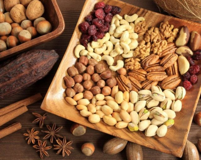 Помогает ли сметана с орехами для потенции