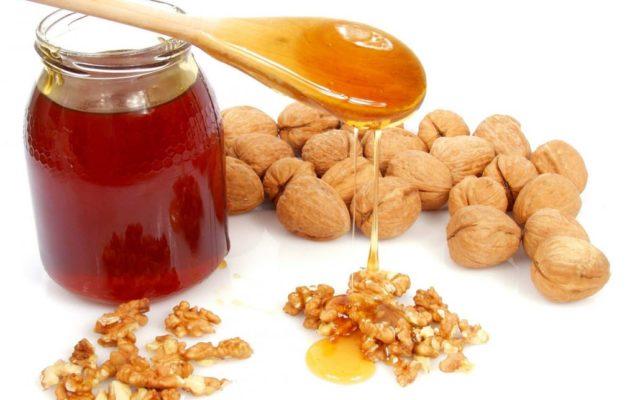 Мед и грецкие орехи для потенции. Рецепты для мужчин
